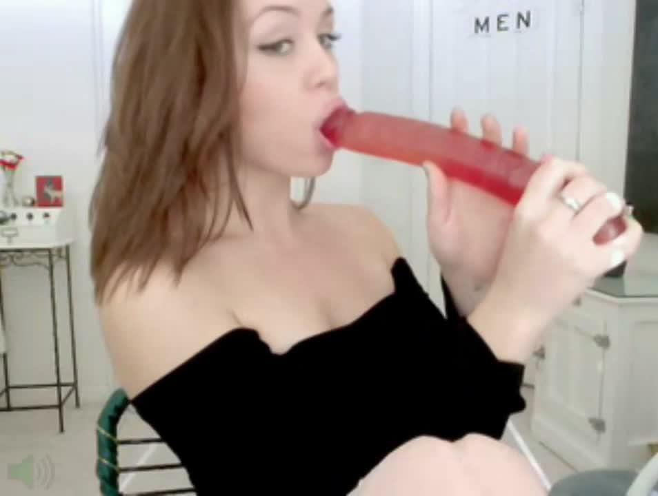Famous deep webcam girl