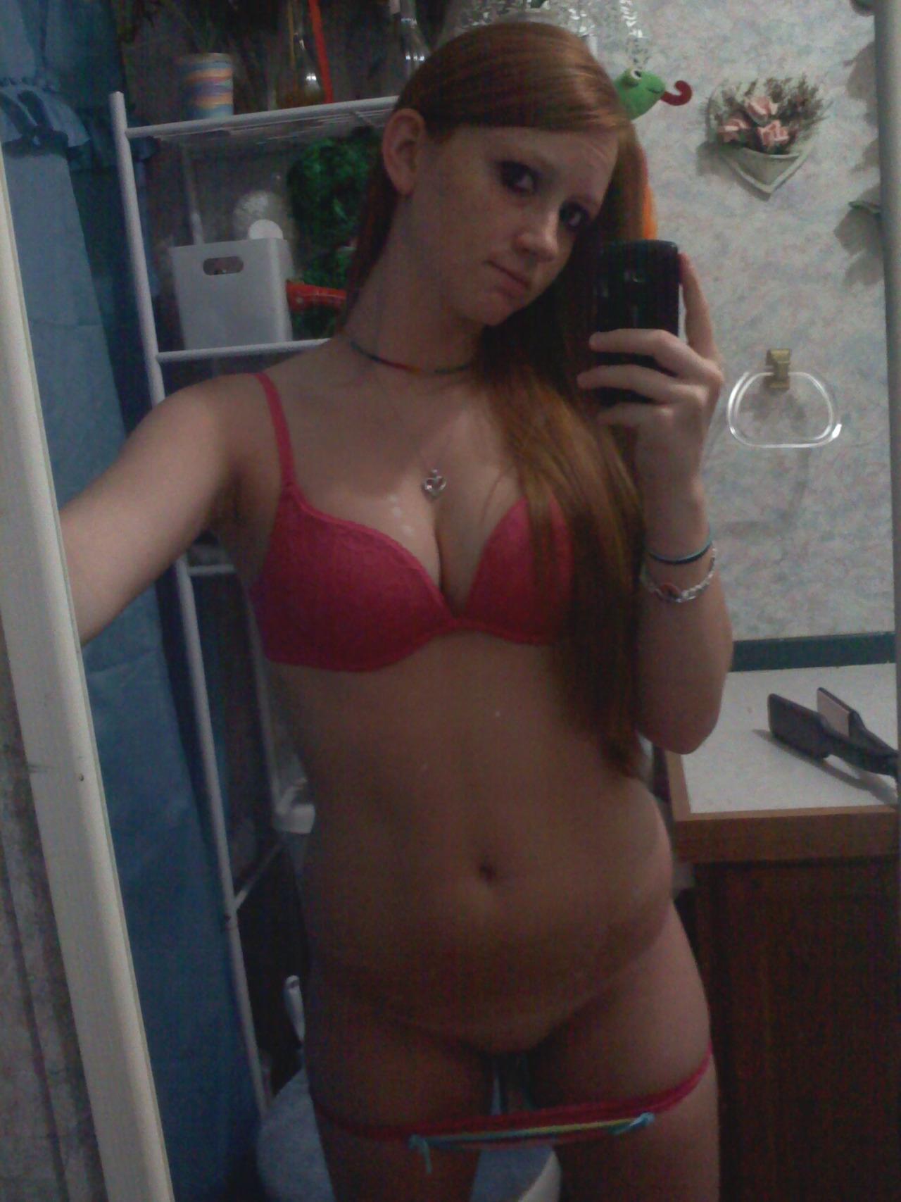 Young sexy webcams