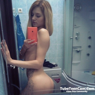 Nude teen selfie with tattoo