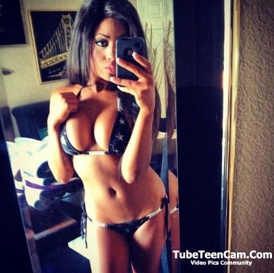 Sexy ebony selfie