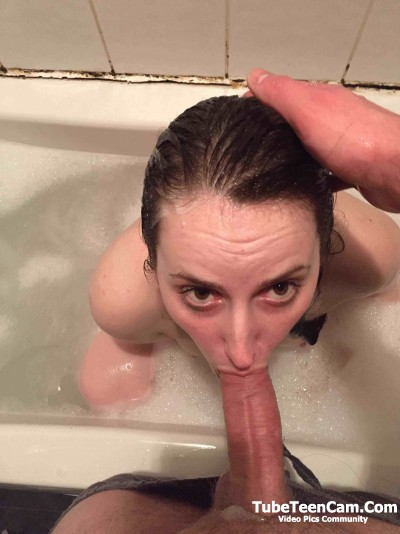 Bath Blowjob