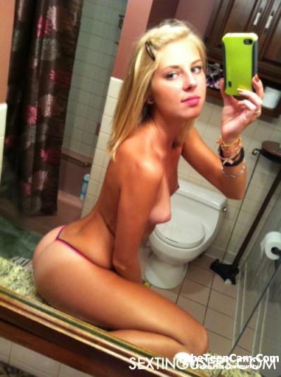 Nackt selfie snapchat Snapchat Nudes: