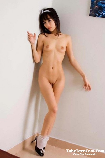 Tiny naked asian girl