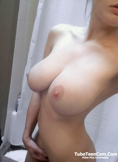 Teen with best natural tits